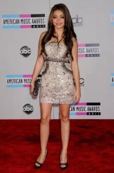 Сара Хайланд, фото 482. Sarah Hyland 39th Annual American Music Awards, november 20, foto 482
