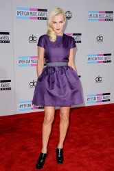 Дженни Маккарти, фото 1390. Jenny McCarthy - 39th Annual American Music Awards, november 20, foto 1390