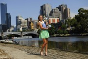 Виктория Азаренко, фото 190. Victoria Azarenka Posing with the Australian Open Trophy along the Yarra River in Melbourne - 29.01.2012, foto 190