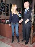 Тара Рейд, фото 2381. Tara Reid leaves Carlitos Gardel Restaurant in Hollywood, february 29, foto 2381