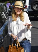 Джули Бенц, фото 1157. Julie Benz leaving Mauros Cafe in Melrose - March 3, 2012, foto 1157