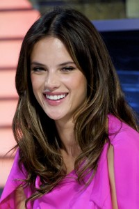 Алессандра Амброзио, фото 8180. Alessandra Ambrosio On 'El Hormiguero' TV Show in Madrid, 05.03.2012, foto 8180