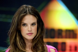 Алессандра Амброзио, фото 8200. Alessandra Ambrosio On 'El Hormiguero' TV Show in Madrid, 05.03.2012, foto 8200