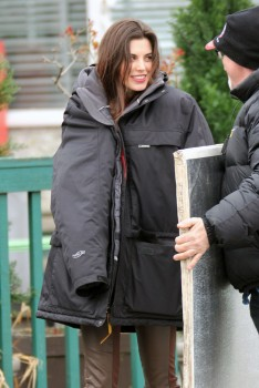Meghan Ory on Set of 'Once Upon a Time' in Vancouver | March 23, 2012 | 8x HQ
