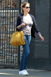 Teri Hatcher - Leaving CVS Pharmacy, L.A. - April 06 2012