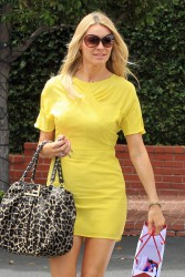 Tess Daly at Fred Segal in LA 1st May x11