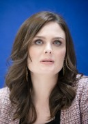 "Emily Deschanel - ""The Perfect Family"" Press Conference Portraits - May 8, 2012 (x10)"