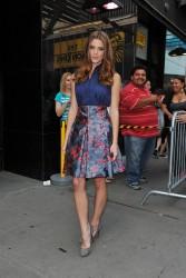 Ashley Greene - Imagenes/Videos de Paparazzi / Estudio/ Eventos etc. - Página 24 Ff50e7207670344