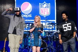 Kelly Clarkson @ Pepsi NFL Anthems Kick off eve party in NYC-9/4/12